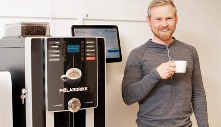 Timebanken med ferdig kaffemaskin