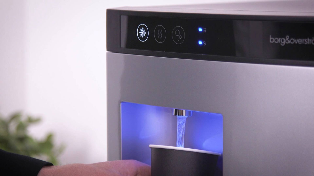 vanndispenser tapper vann